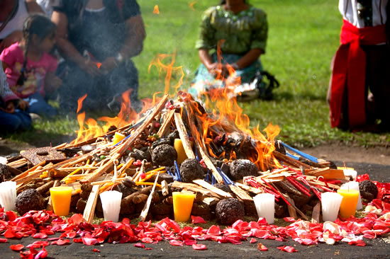 ceremonia-maya-agn